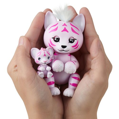 Fingerling Tigre Tilly con cachorra Tammy
